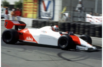 McLaren-Ford MP4/1C USA-West (Lauda-Watson)